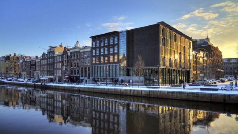 GO Dutch Anne Frank House Museum