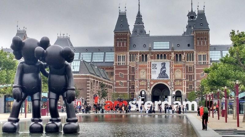 GO Holland Culture Travel